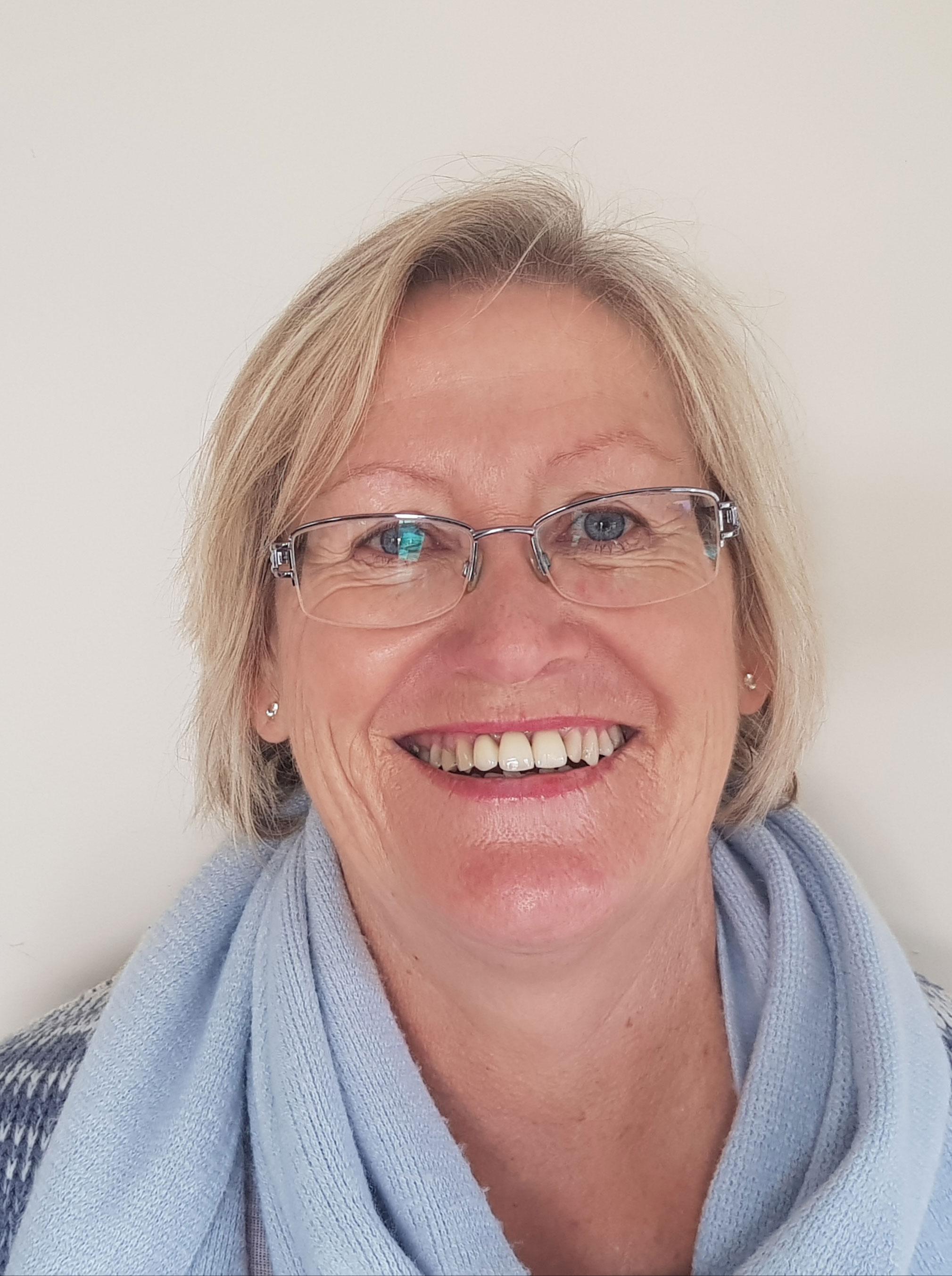 Karen Hellyer